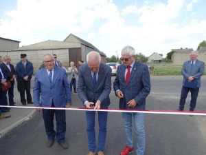 Nowe asfaltowe drogi w Bukówcu-10