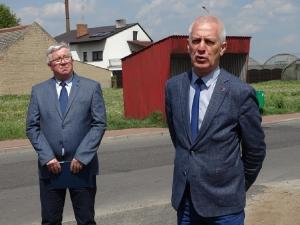 Nowe asfaltowe drogi w Bukówcu-7