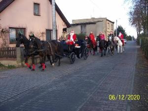Przejazd św. Mikołaja przez Bukówiec-9